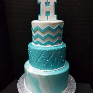 Pretty 3 Tier Marble Quilted Cake