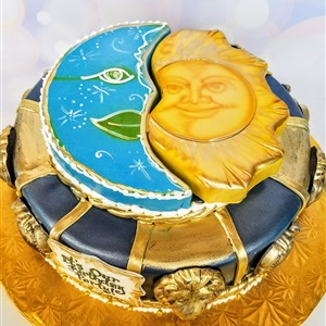 3D Sun & The Moon Birthday Cake